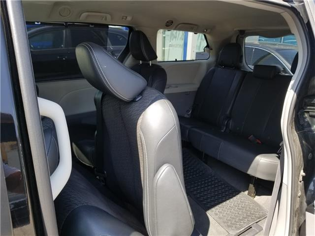 2011 Toyota Sienna SE 8 Passenger (Stk: ) in Concord - Image 11 of 21