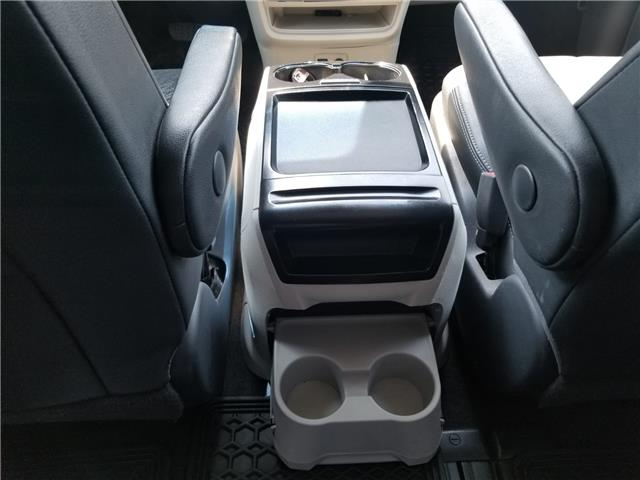2011 Toyota Sienna SE 8 Passenger (Stk: ) in Concord - Image 18 of 21
