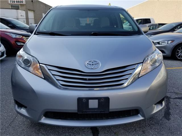 2015 Toyota Sienna LE 8 Passenger (Stk: ) in Concord - Image 2 of 21