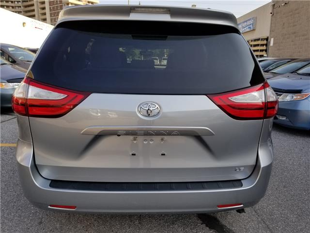 2015 Toyota Sienna LE 8 Passenger (Stk: ) in Concord - Image 5 of 21