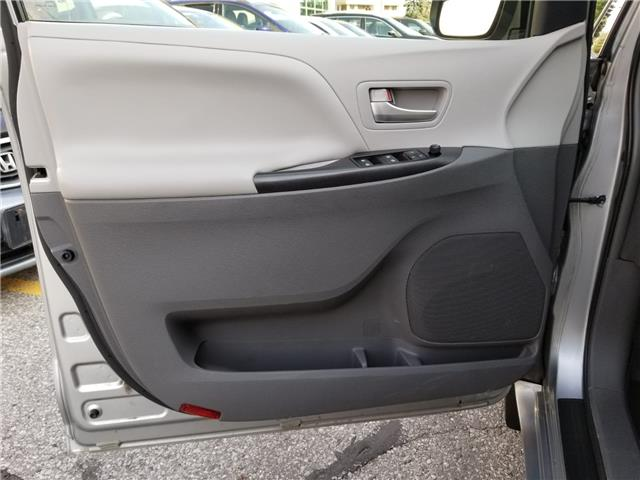 2015 Toyota Sienna LE 8 Passenger (Stk: ) in Concord - Image 9 of 21