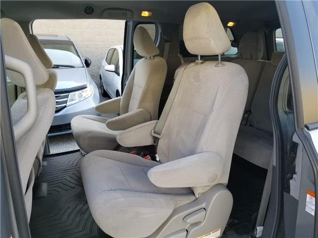 2015 Toyota Sienna LE 8 Passenger (Stk: ) in Concord - Image 11 of 21