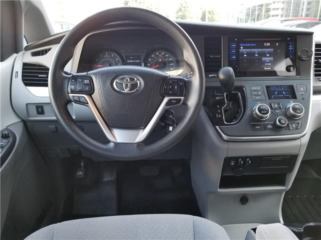 2015 Toyota Sienna LE 8 Passenger (Stk: ) in Concord - Image 13 of 21