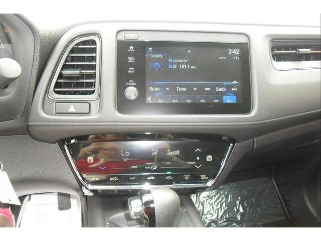 2019 Honda HR-V LX (Stk: 10561) in Brockville - Image 2 of 22