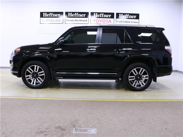 2017 Toyota 4Runner SR5 (Stk: 195674) in Kitchener - Image 2 of 34