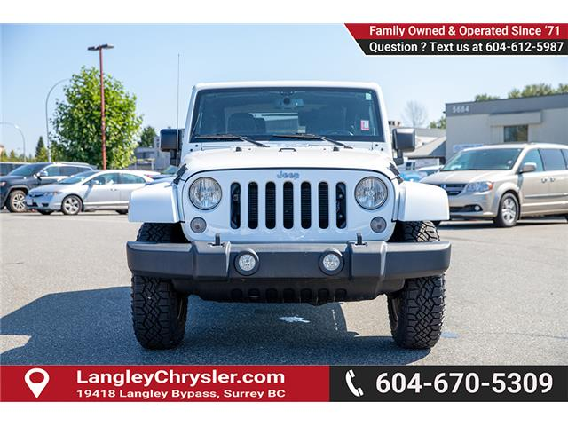 2017 Jeep Wrangler 23Z Recon (DISC) (Stk: EE909820B) in Surrey - Image 2 of 22