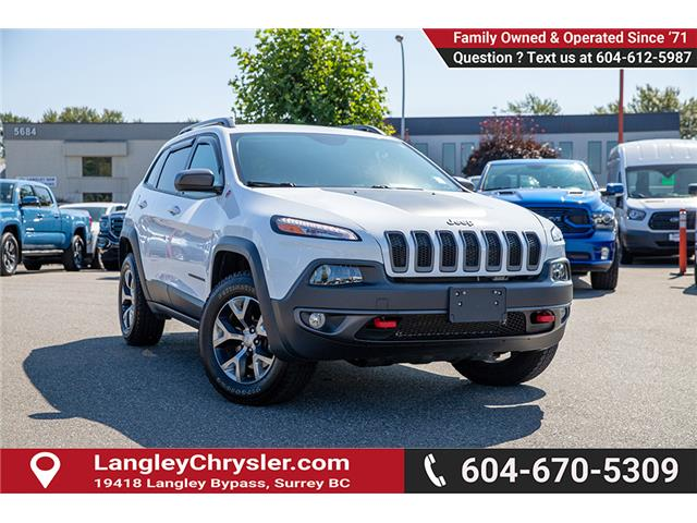 2018 Jeep Cherokee 25E (Stk: K647560A) in Surrey - Image 1 of 25