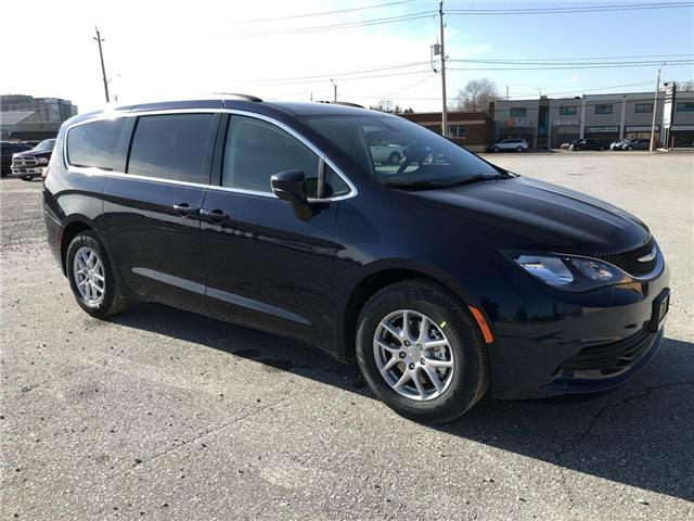 2019 Chrysler Pacifica Touring (Stk: 19348) in Windsor - Image 1 of 11