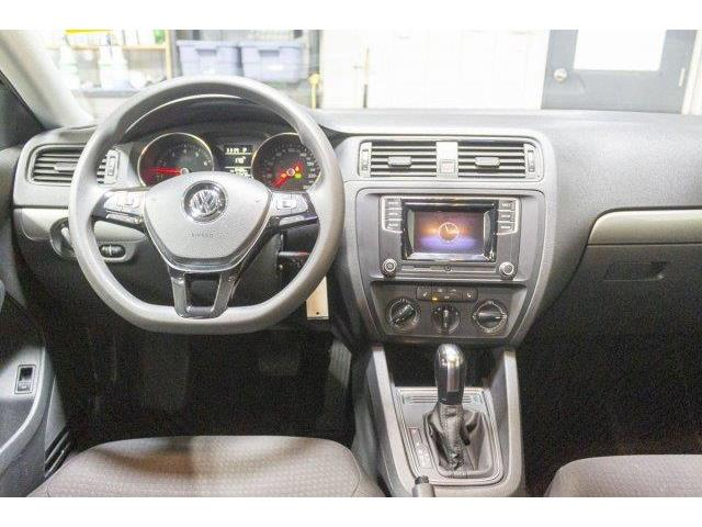 2017 Volkswagen Jetta 1.4 TSI Trendline+ (Stk: V921) in Prince Albert - Image 10 of 11