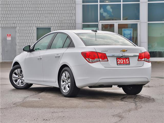2015 Chevrolet Cruze 1LT (Stk: C90319) in Hamilton - Image 2 of 22