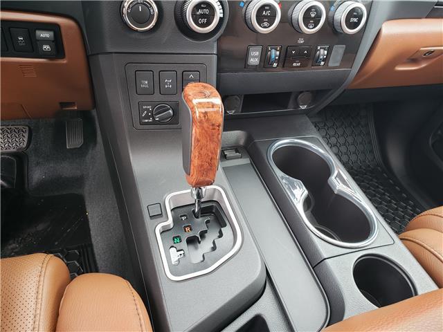 2018 Toyota Sequoia Platinum 5.7L V8 (Stk: 8-1087) in Etobicoke - Image 15 of 26