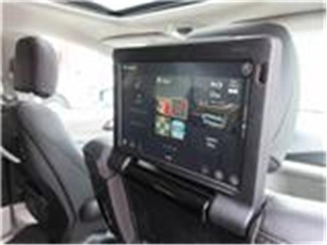 2018 Chrysler Pacifica Touring-L Plus (Stk: 9325) in Okotoks - Image 4 of 40