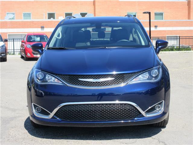 2018 Chrysler Pacifica Touring-L Plus (Stk: 9325) in Okotoks - Image 32 of 40