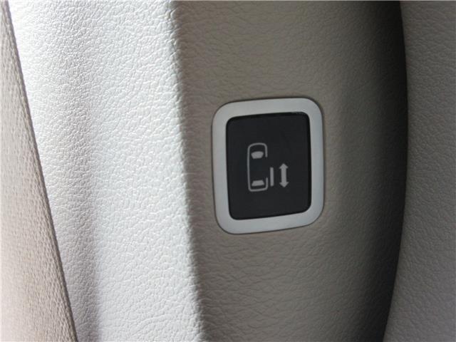 2018 Chrysler Pacifica Touring-L Plus (Stk: 9325) in Okotoks - Image 30 of 40