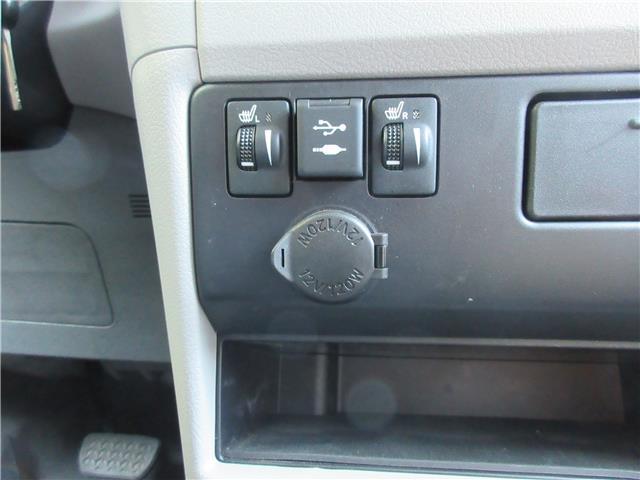2019 Toyota Sienna LE 7-Passenger (Stk: 9432) in Okotoks - Image 9 of 28