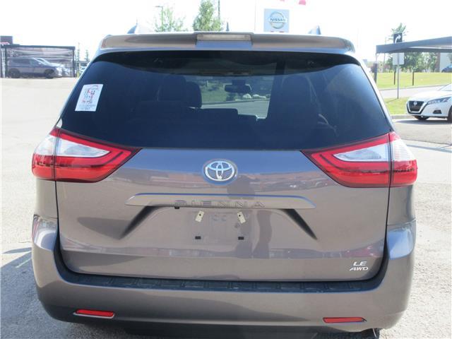 2019 Toyota Sienna LE 7-Passenger (Stk: 9432) in Okotoks - Image 21 of 28