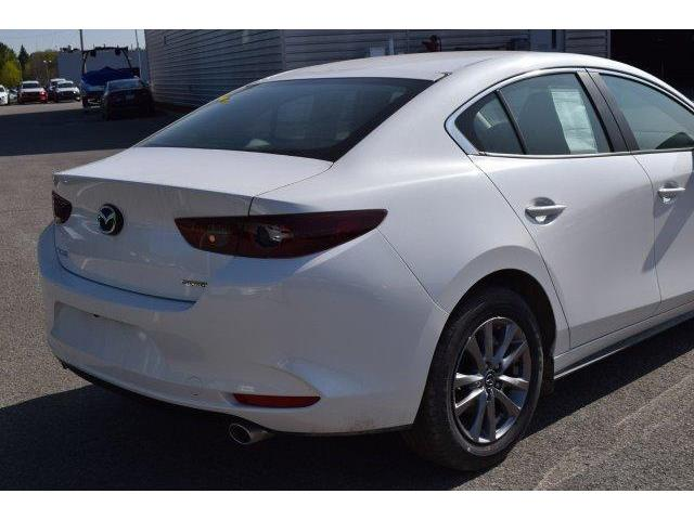 2019 Mazda Mazda3  (Stk: D19216) in Châteauguay - Image 5 of 11
