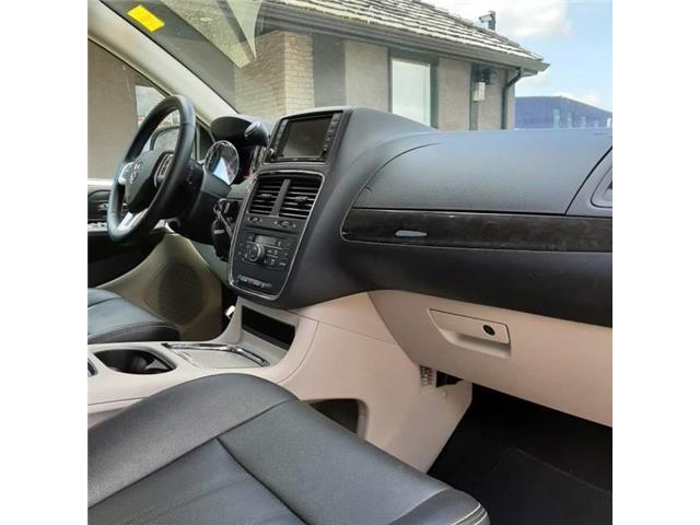2018 Dodge Grand Caravan Crew (Stk: 12597A) in Saskatoon - Image 18 of 21
