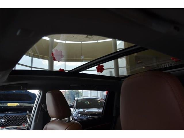 2019 Toyota Highlander  (Stk: 917273A) in Milton - Image 9 of 38