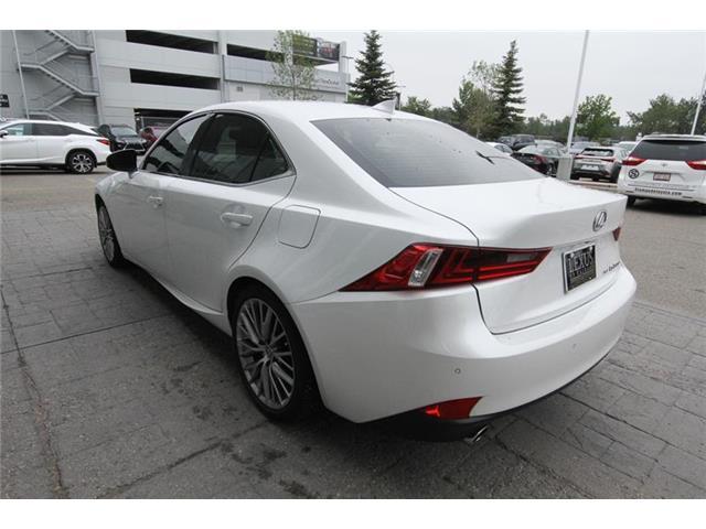 2016 Lexus IS 300 Base (Stk: 190225A) in Calgary - Image 7 of 13