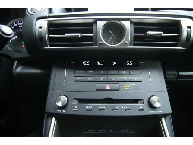 2016 Lexus IS 300 Base (Stk: 190225A) in Calgary - Image 12 of 13