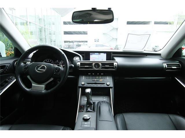 2016 Lexus IS 300 Base (Stk: 190225A) in Calgary - Image 8 of 13