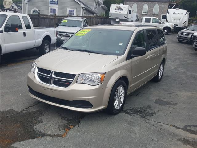 2016 Dodge Grand Caravan SE/SXT (Stk: ) in Dartmouth - Image 1 of 19