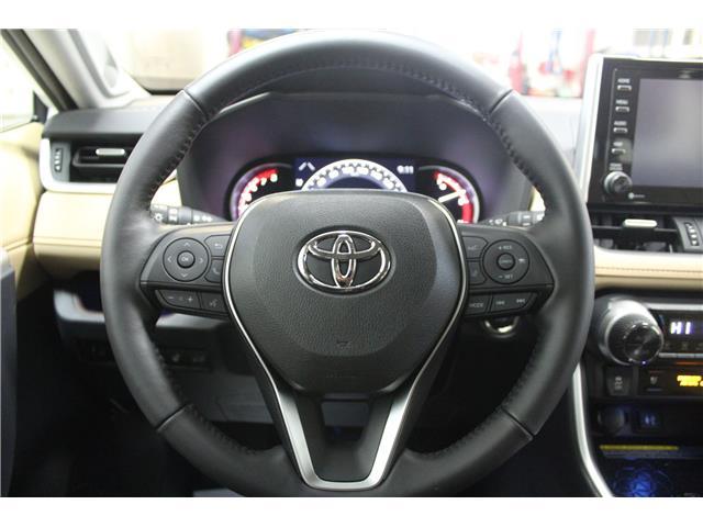 2019 Toyota RAV4 Limited (Stk: C037083) in Winnipeg - Image 13 of 30