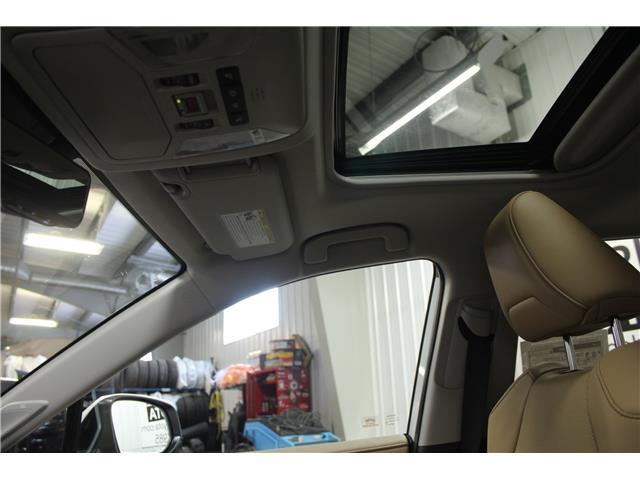 2019 Toyota RAV4 Limited (Stk: C037083) in Winnipeg - Image 27 of 30
