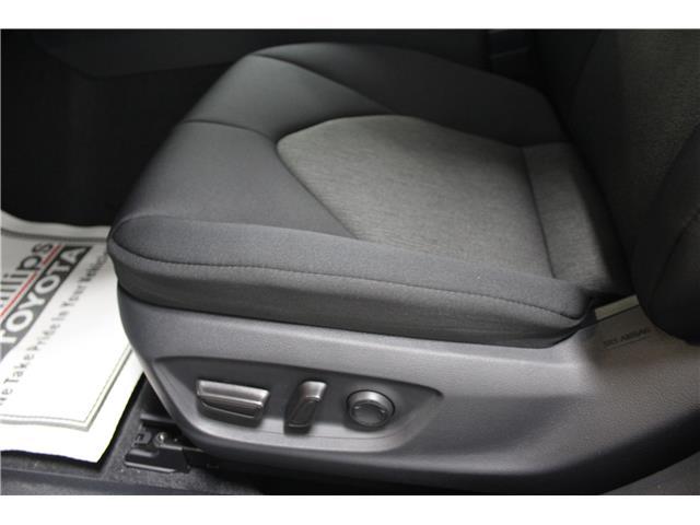 2019 Toyota Camry LE (Stk: U833098) in Winnipeg - Image 9 of 26