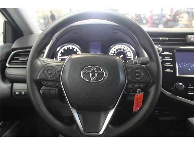 2019 Toyota Camry LE (Stk: U833098) in Winnipeg - Image 11 of 26