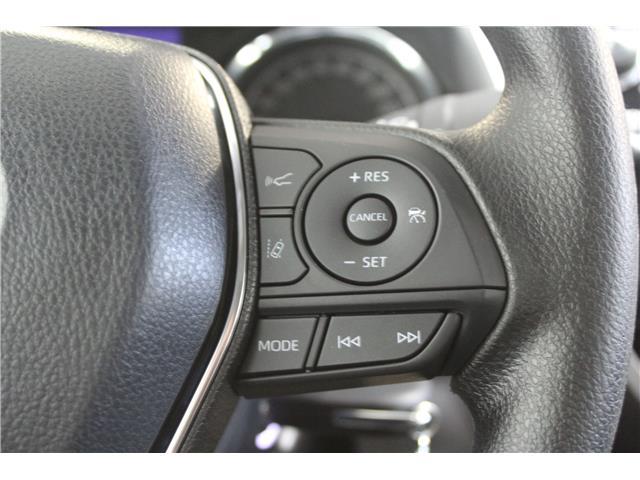 2019 Toyota Camry LE (Stk: U833098) in Winnipeg - Image 14 of 26