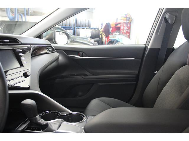 2019 Toyota Camry LE (Stk: U833098) in Winnipeg - Image 23 of 26