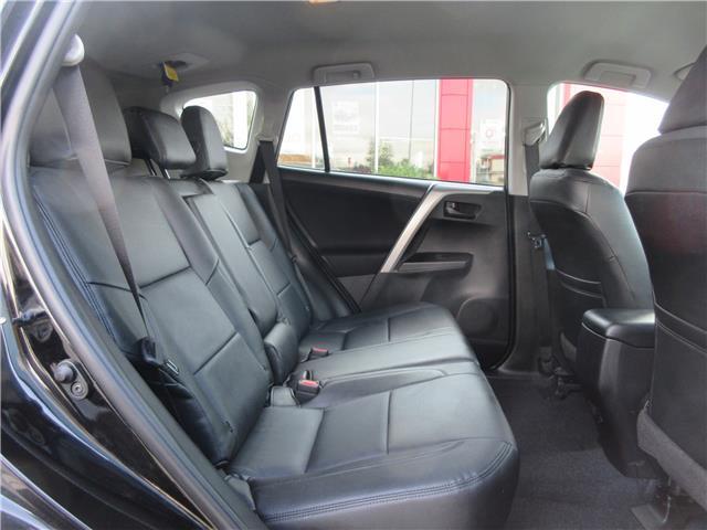 2017 Toyota RAV4 LE (Stk: 9324) in Okotoks - Image 13 of 29
