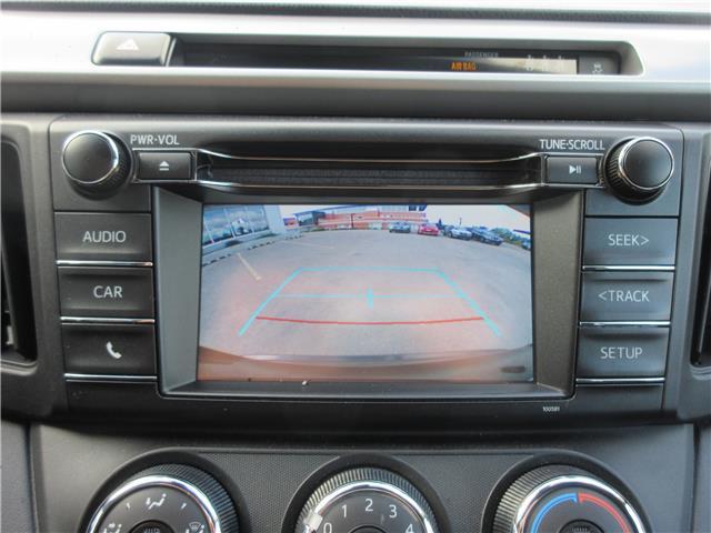 2017 Toyota RAV4 LE (Stk: 9324) in Okotoks - Image 5 of 29