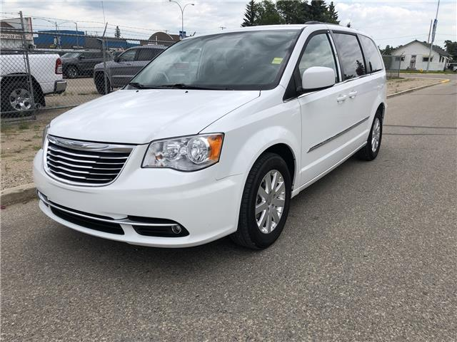 2015 Chrysler Town & Country Touring (Stk: T19-63B) in Nipawin - Image 3 of 28