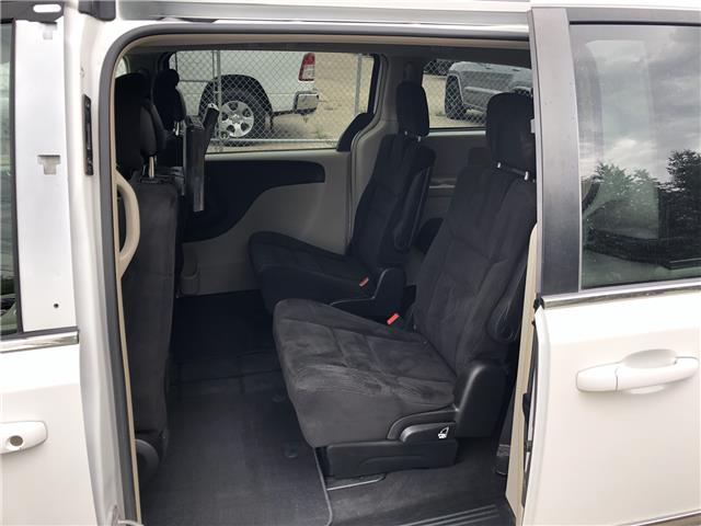2015 Chrysler Town & Country Touring (Stk: T19-63B) in Nipawin - Image 6 of 28