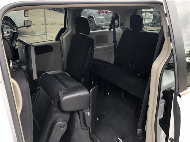 2015 Chrysler Town & Country Touring (Stk: T19-63B) in Nipawin - Image 7 of 28