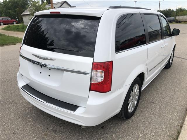 2015 Chrysler Town & Country Touring (Stk: T19-63B) in Nipawin - Image 25 of 28