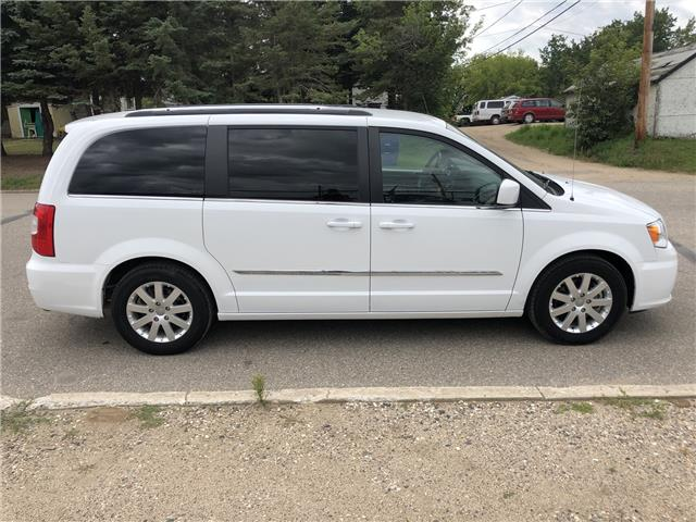 2015 Chrysler Town & Country Touring (Stk: T19-63B) in Nipawin - Image 26 of 28