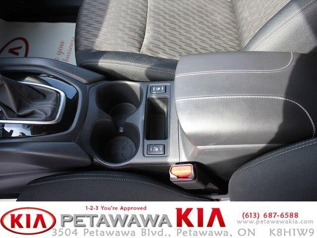 2018 Nissan Rogue SV (Stk: 19020-1) in Petawawa - Image 15 of 18