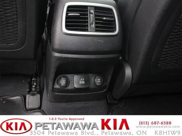 2017 Kia Sorento 3.3L EX (Stk: 20015-1) in Petawawa - Image 14 of 16