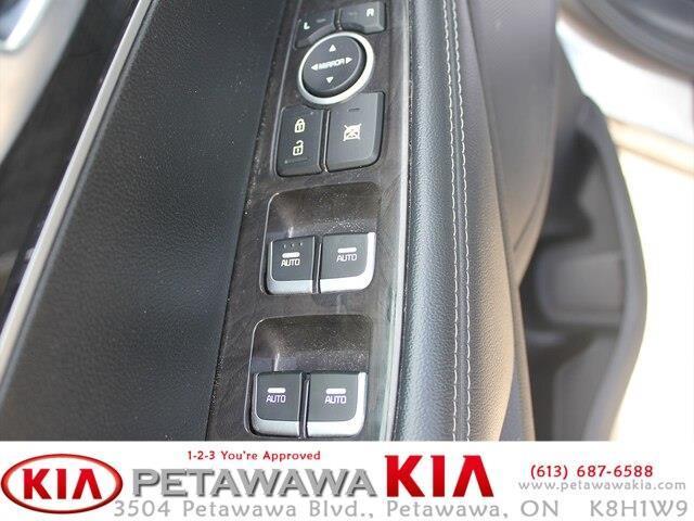 2017 Kia Sorento 2.0L LX Turbo (Stk: 19211-1) in Petawawa - Image 10 of 16