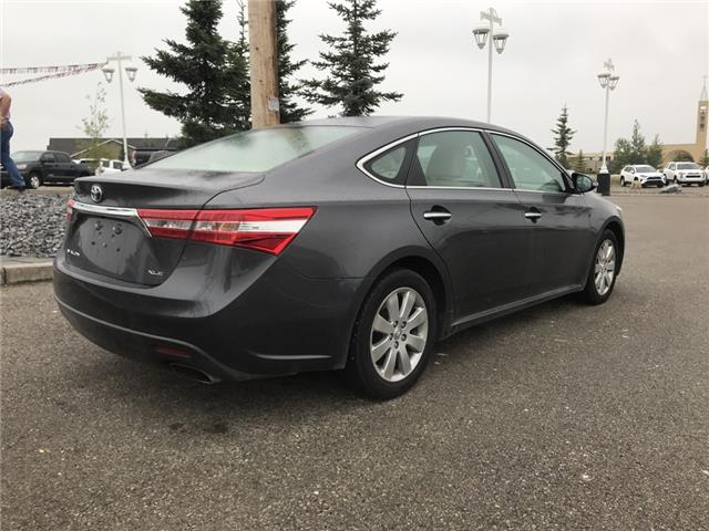 2013 Toyota Avalon XLE (Stk: 2898) in Cochrane - Image 7 of 14