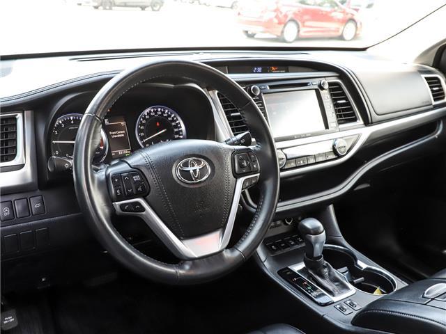 2017 Toyota Highlander XLE (Stk: P3523) in Welland - Image 13 of 23