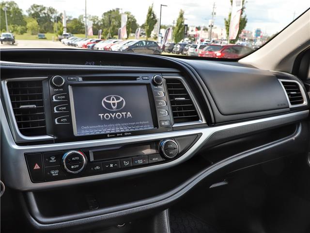 2017 Toyota Highlander XLE (Stk: P3523) in Welland - Image 16 of 23