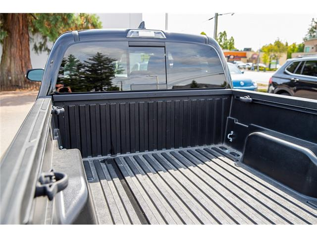2018 Toyota Tacoma SR5 (Stk: VW0952) in Vancouver - Image 12 of 29