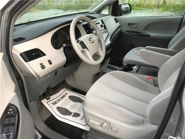 2013 Toyota Sienna LE 8 Passenger (Stk: 349604) in Abbotsford - Image 7 of 24