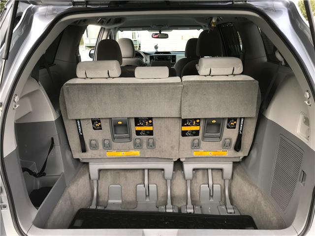 2013 Toyota Sienna LE 8 Passenger (Stk: 349604) in Abbotsford - Image 10 of 24