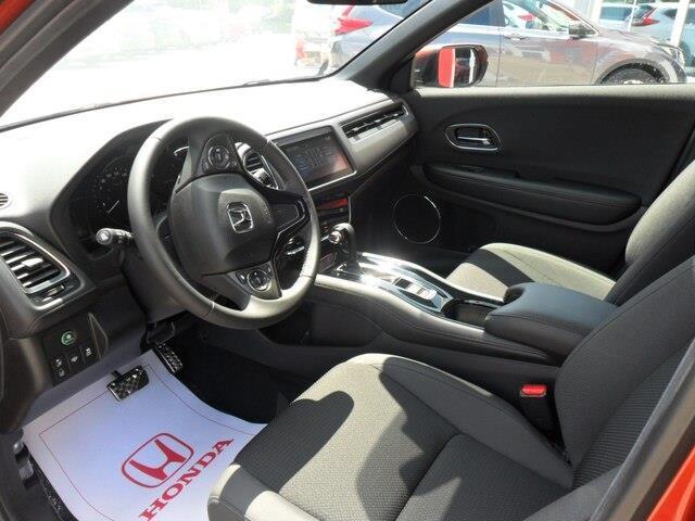 2019 Honda HR-V Sport (Stk: 10633) in Brockville - Image 5 of 26